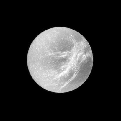 Moons : Dione